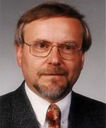<b>Dr. Thomas Kraus</b> - Kraus